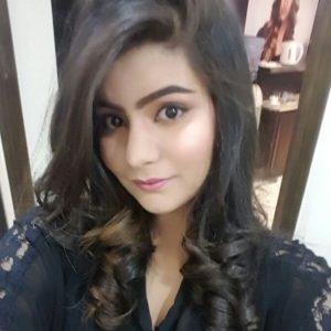 Frau aus Lahore